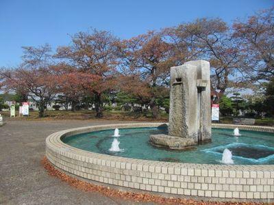 緑ヶ丘噴水広場2.jpg